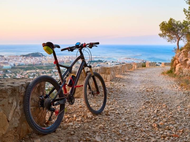 Bicycle Aluminum vs Carbon: Which is better for you